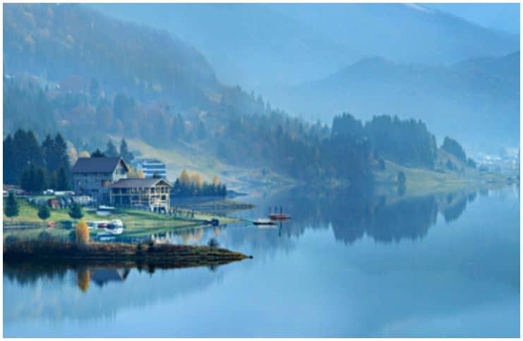 Colibita Lake Resort - The Sea in the Mountains