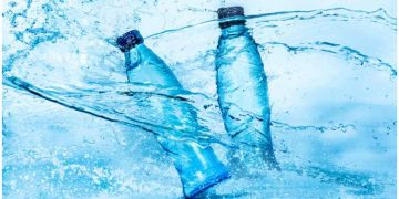This Edible Biodegradable Algae-based Water Bottle Can Be A Green Alternative To Plastic